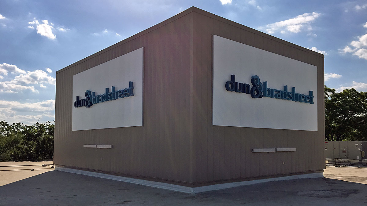 Dun & Bradstreet Sign Built And Installed By Texas Custom Signs