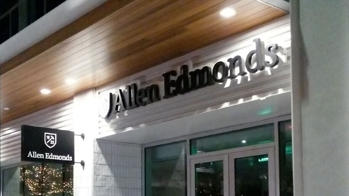 Allen Edmonds sign installed by Texas Custom Signs