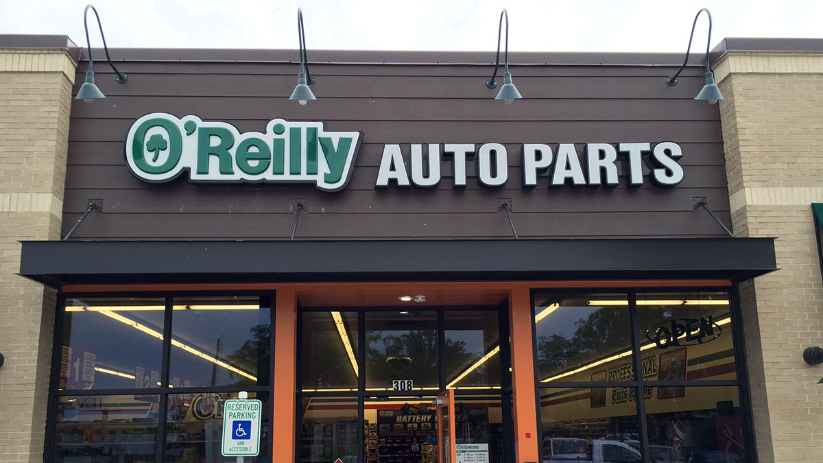 O'Reilly Auto Parts Sign Installed By Texas Custom Signs