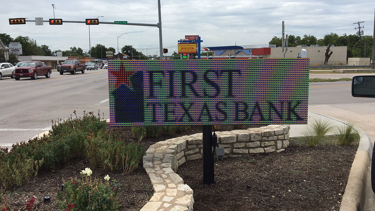 First Texas Bank Illuminated LED Sign In Lampasas, Texas