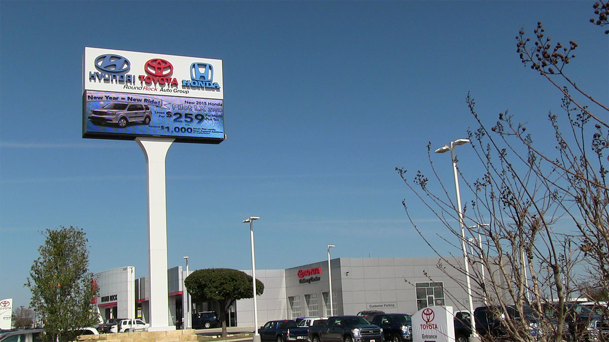 Round Rock Auto Group LED Display Installed By Texas Custom Signs