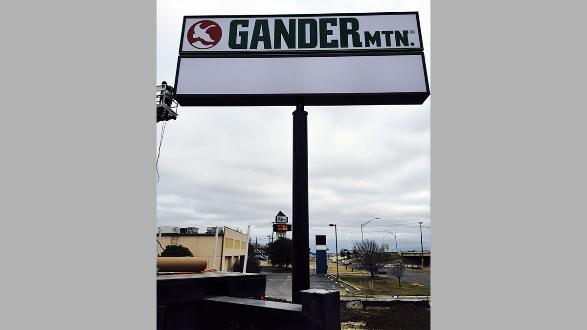 Gander Mountain Sign Built And Installed By Texas Custom Signs