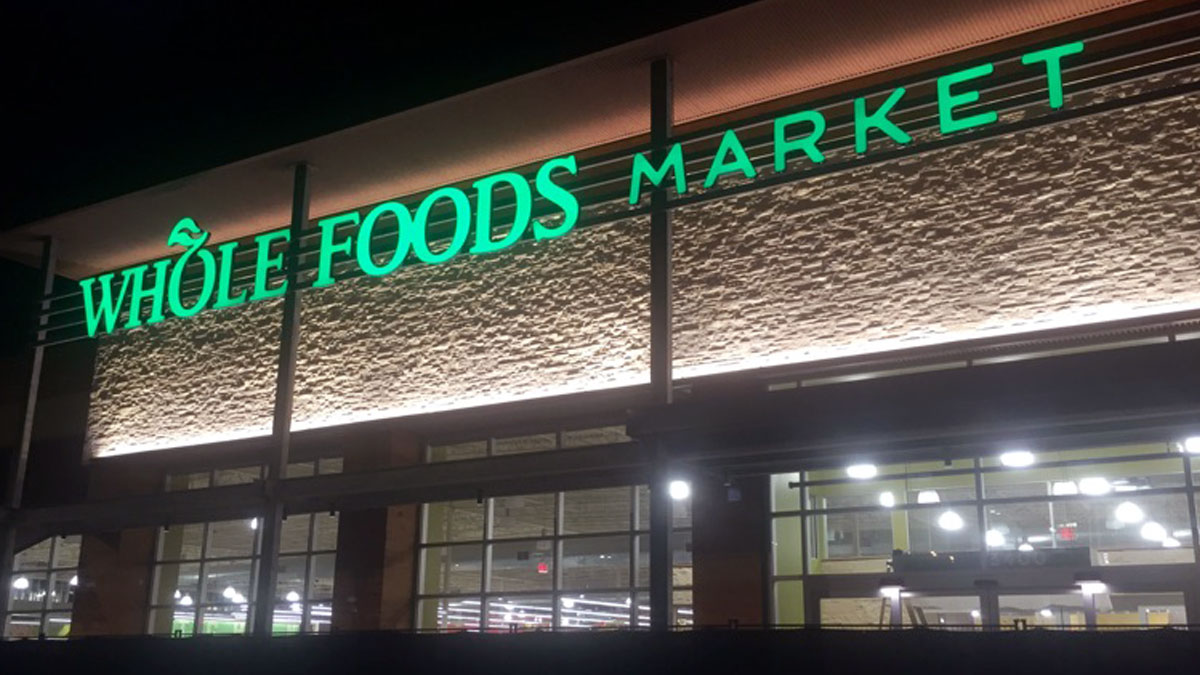 Whole Foods sign repair in Fort Worth, Texas